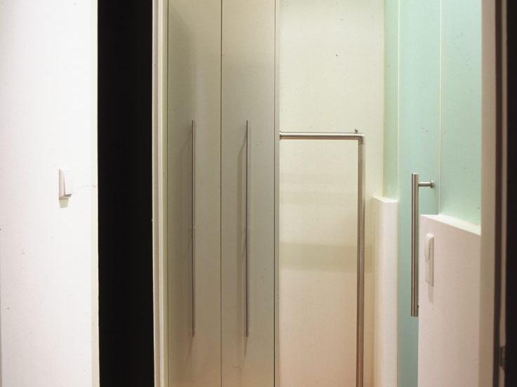 Umnutzung im Altbau - Vorraum mit Garderobe