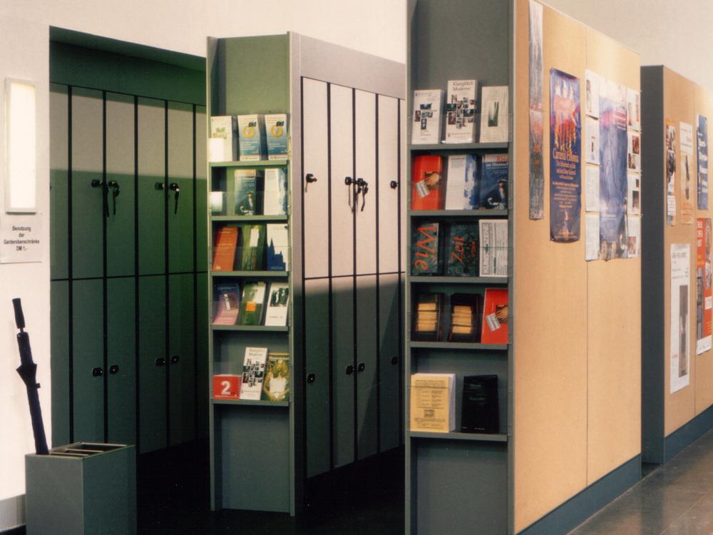 Foyer Kölnisches Stadtmuseum - Garderobe