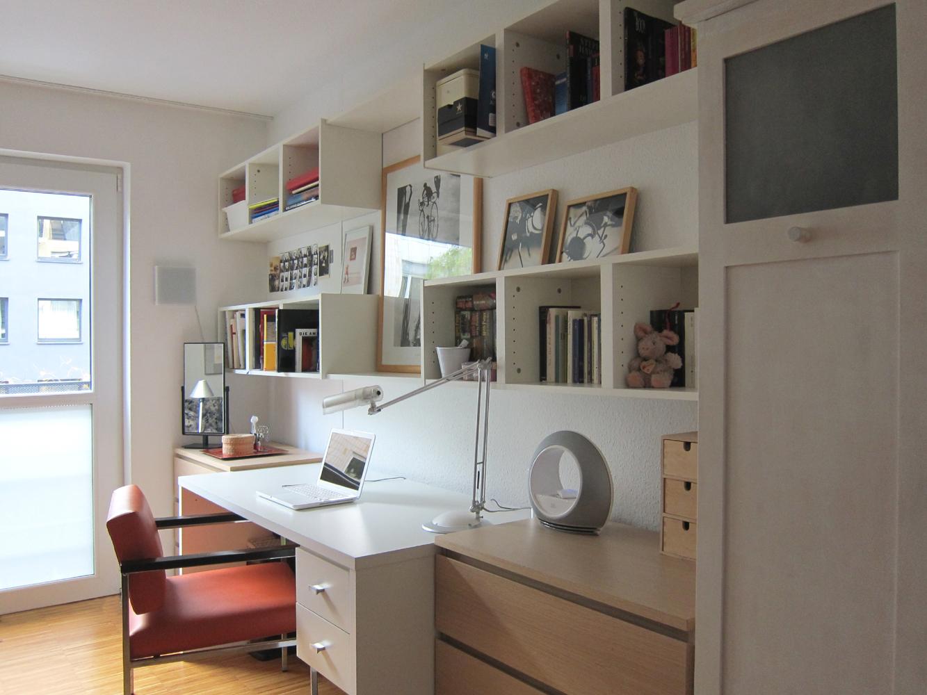 Einrichtung Jugendzimmer - Schreibtisch am Tag