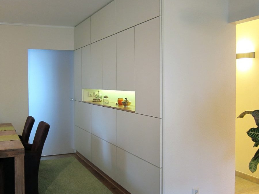 Einbaumöbel statt Wand - Einbau im Esszimmer