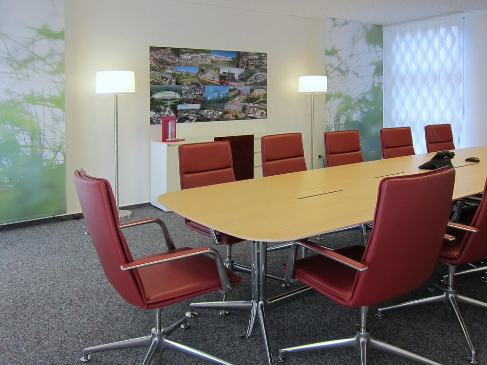 Konferenzraum - Konferenztisch