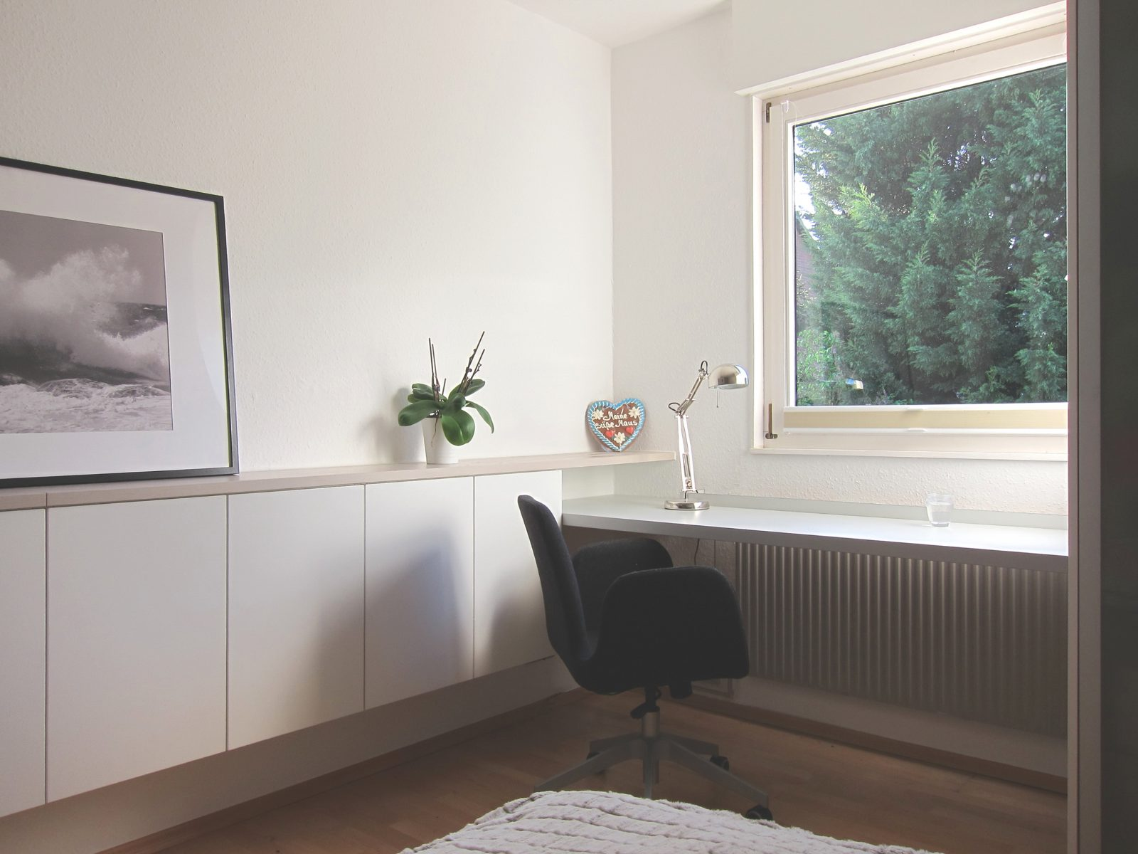 Gästezimmer auf Zeit - Schreibtisch