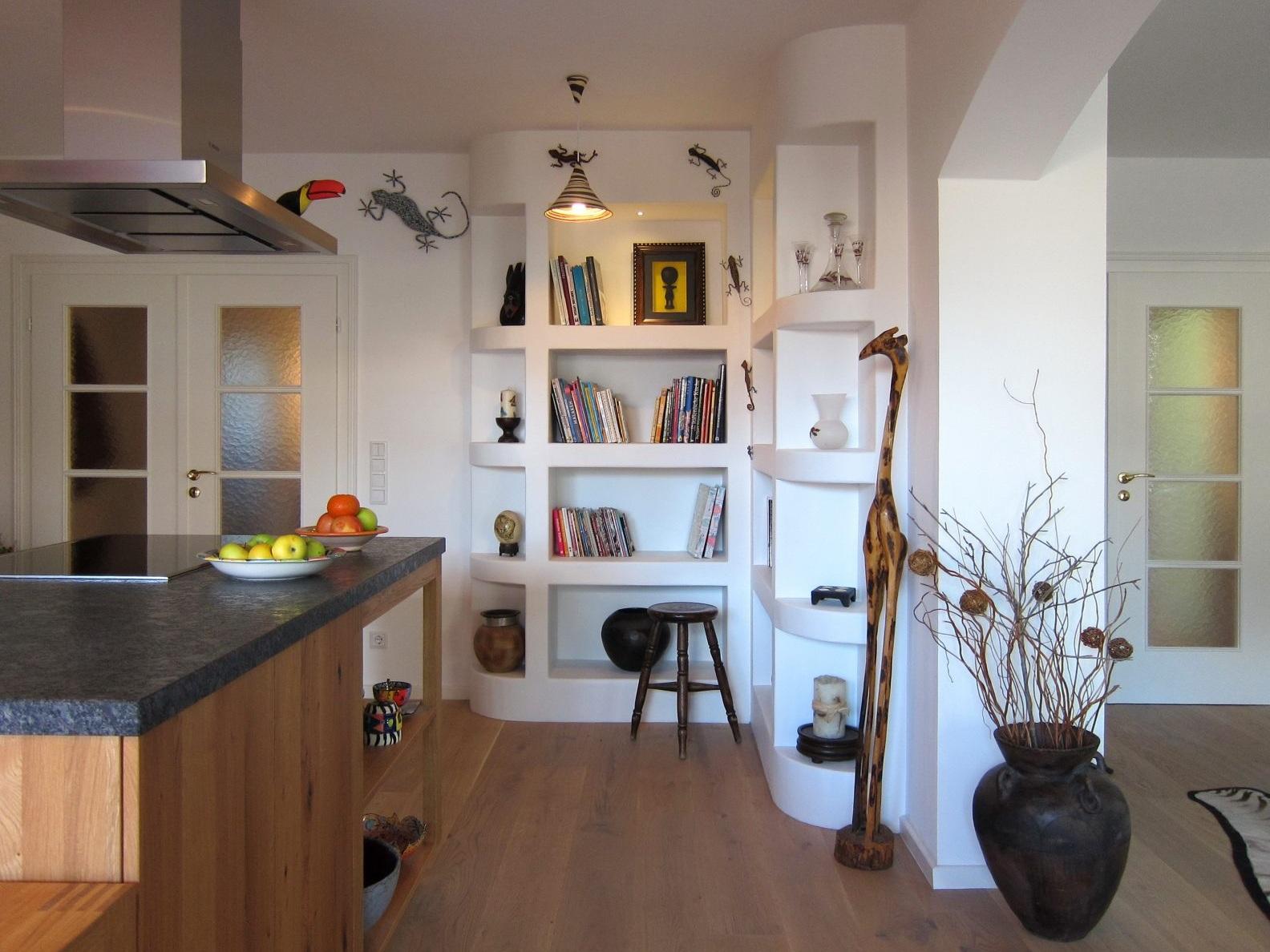 Wie in Südafrika - Gemauertes Regal in der Küche