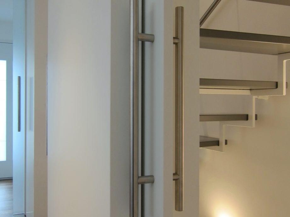 Eine Treppe verschwindet - Detail Schiebetür